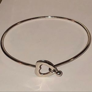VTG sterling silver heart hinged bangle bracelet